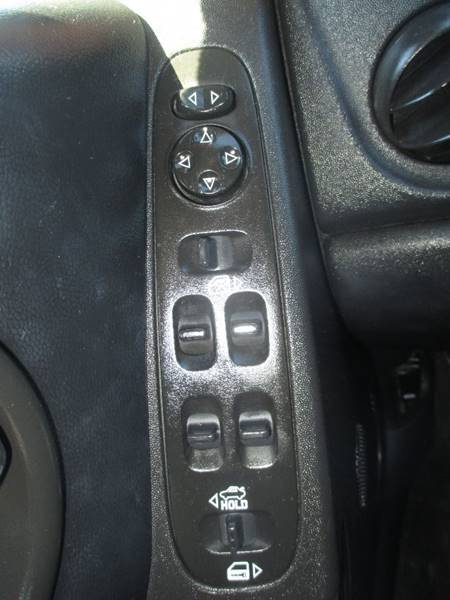 2007 Pontiac Grand Prix 4dr Sedan - Center Line MI
