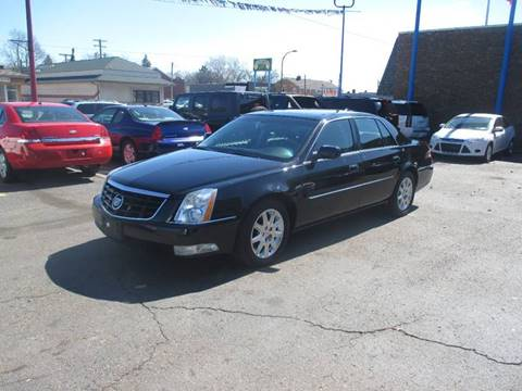 2011 Cadillac DTS for sale in Center Line, MI