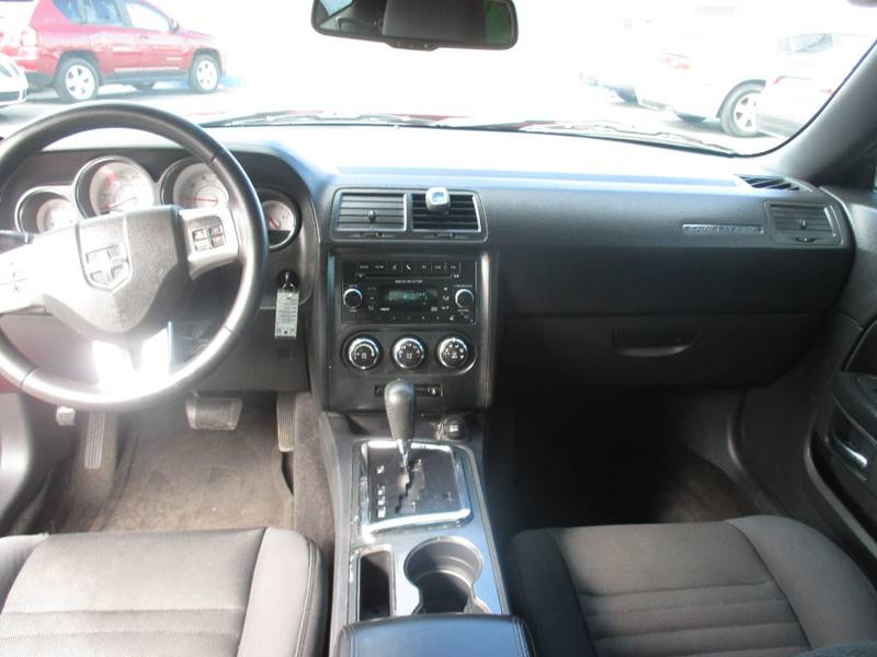 2012 Dodge Challenger SXT 2dr Coupe - Center Line MI