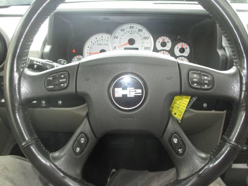 2004 HUMMER H2 Lux Series 4WD 4dr SUV - Center Line MI