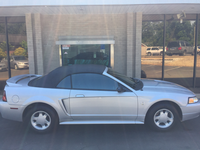 1999 Ford Mustang Base 2dr Convertible - Hickory NC