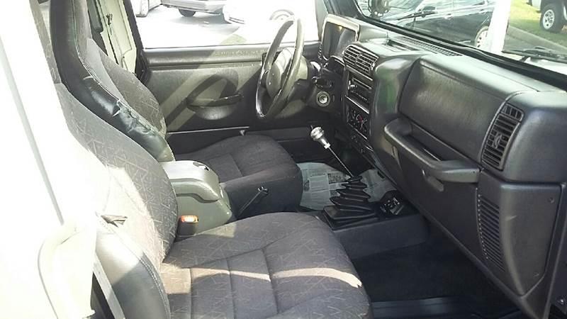 2001 Jeep Wrangler Sport 4WD 2dr SUV - Hickory NC