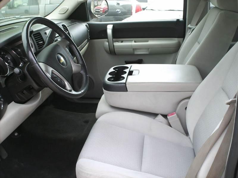 2009 Chevrolet Silverado 1500 4x4 LT 4dr Extended Cab 5.8 ft. SB - Webster City IA
