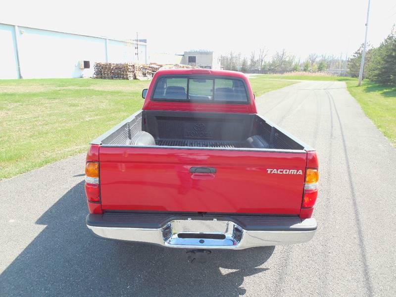 2002 Toyota Tacoma 2dr Xtracab V6 4WD SB - Hudson NY