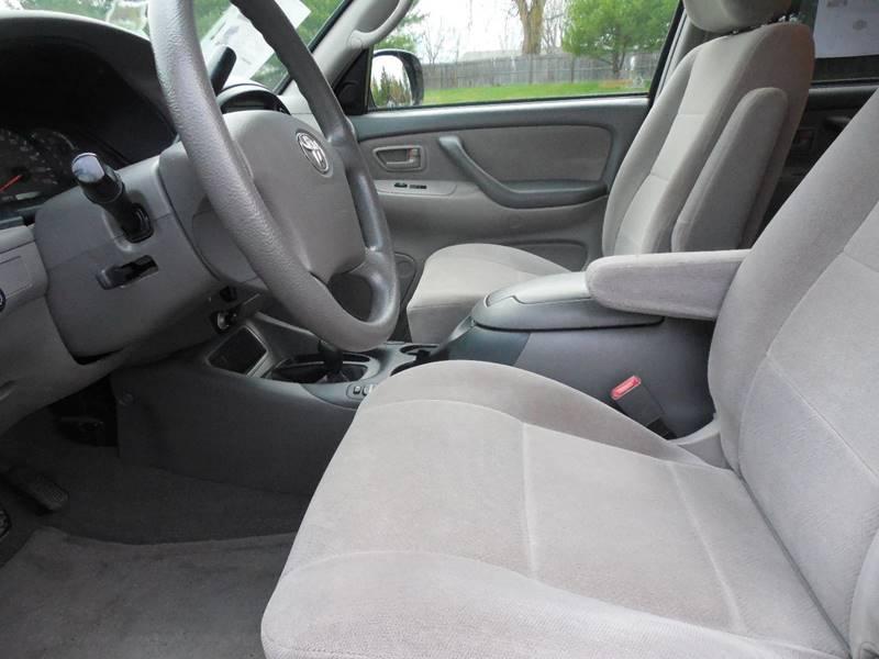 2003 Toyota Sequoia SR5 4WD 4dr SUV - Hudson NY