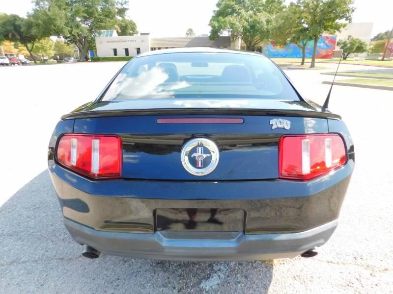 2011 Ford Mustang 2dr Cpe V6 - Carrollton TX