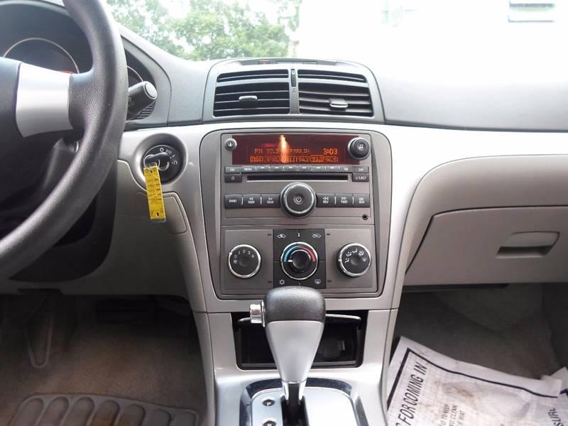 2008 Saturn Aura XE 4dr Sedan V6 - Lansdowne PA