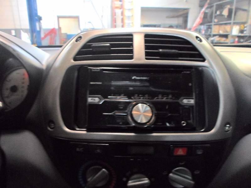 2003 Toyota RAV4 Fwd 4dr SUV - Lansdowne PA