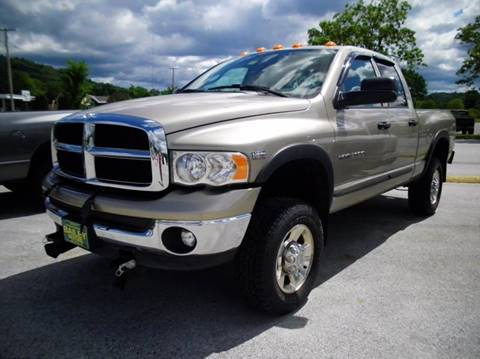 2005 Dodge Ram Pickup 2500 for sale at BAILEY MOTORS INC in West Rutland VT