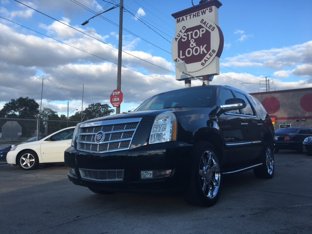 2007 Cadillac Escalade In Detroit Mi Matthew S Stop Look Auto Sales