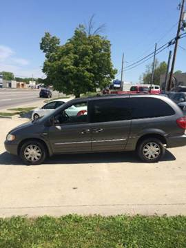2004 Chrysler Town and Country for sale at Auto World in Carbondale IL