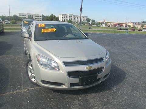 2010 Chevrolet Malibu for sale at Auto World in Carbondale IL