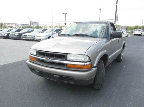 2003 Chevrolet S-10 for sale at Auto World in Carbondale IL