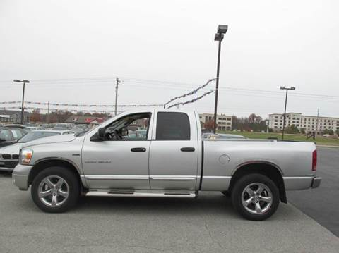 2006 Dodge Ram Pickup 1500 for sale at Auto World in Carbondale IL