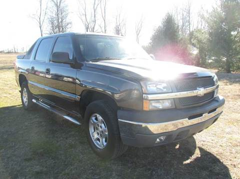 2004 Chevrolet Avalanche for sale at Auto World in Carbondale IL