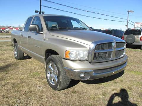 2005 Dodge Ram Pickup 1500 for sale at Auto World in Carbondale IL
