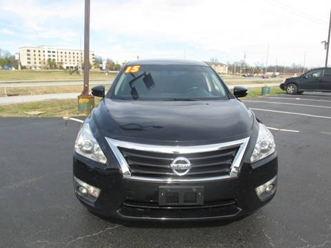 2015 Nissan Altima for sale at Auto World in Carbondale IL