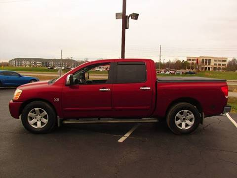 2004 Nissan Titan for sale at Auto World in Carbondale IL