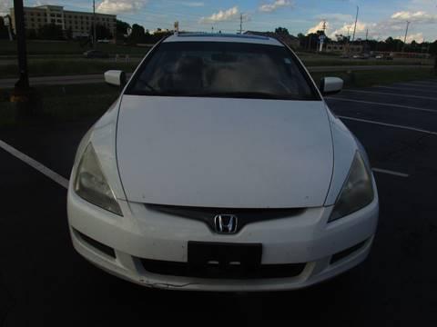 2004 Honda Accord for sale at Auto World in Carbondale IL