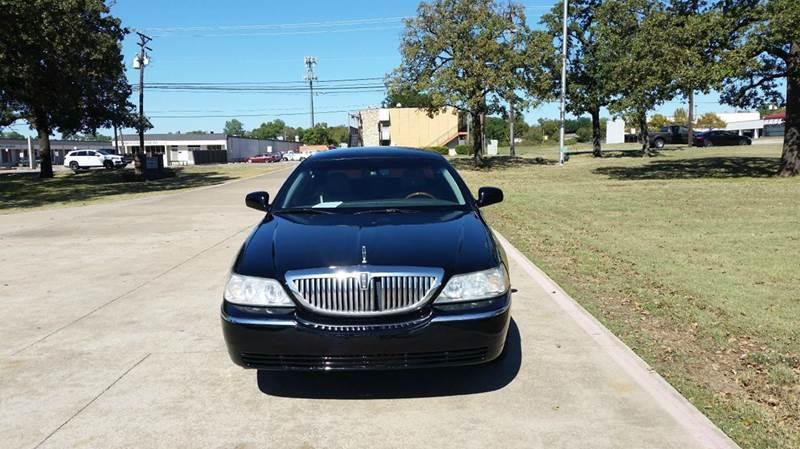 2008 Lincoln Town Car Signature Limited 4dr Sedan In Arlington Tx
