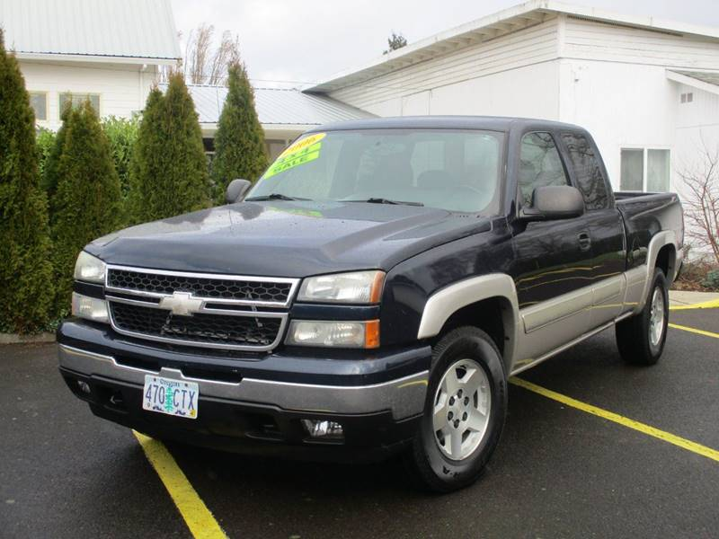 2006 Chevrolet Silverado 1500 Ls 4dr Extended Cab 4wd 65 Ft Sb In