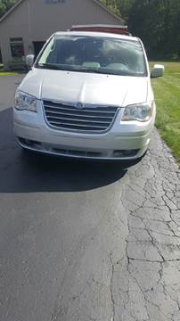 2009 Chrysler Town and Country for sale in Novi MI