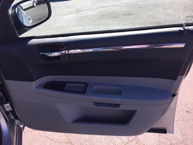 2006 Chrysler 300 Touring 4dr Sedan - Teterboro NJ