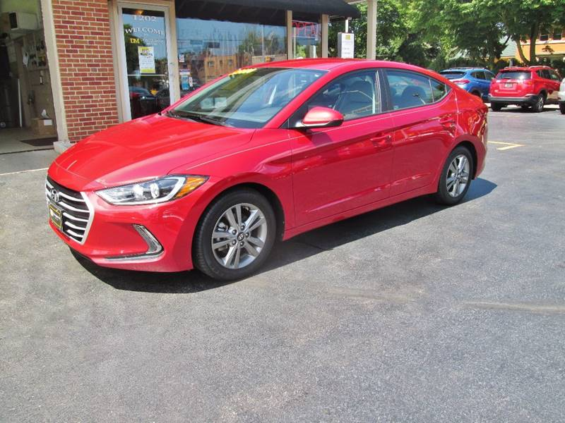 2017 Hyundai Elantra for sale at D'Acquisto Motors in Racine WI