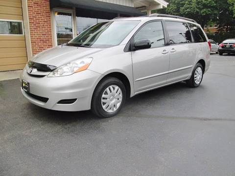 2006 Toyota Sienna for sale at D'Acquisto Motors in Racine WI