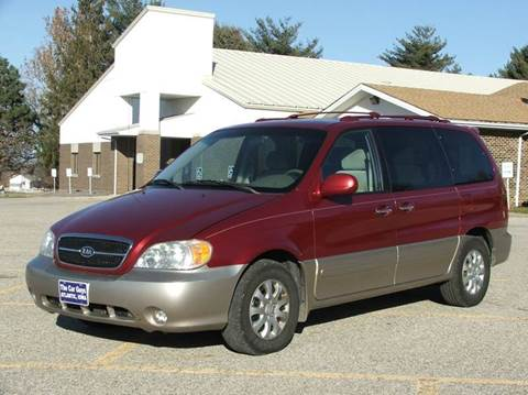 2004 Kia Sedona for sale at The Car Guys in Atlantic IA