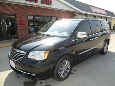 2013 Chrysler Town and Country for sale in Valley Center, KS