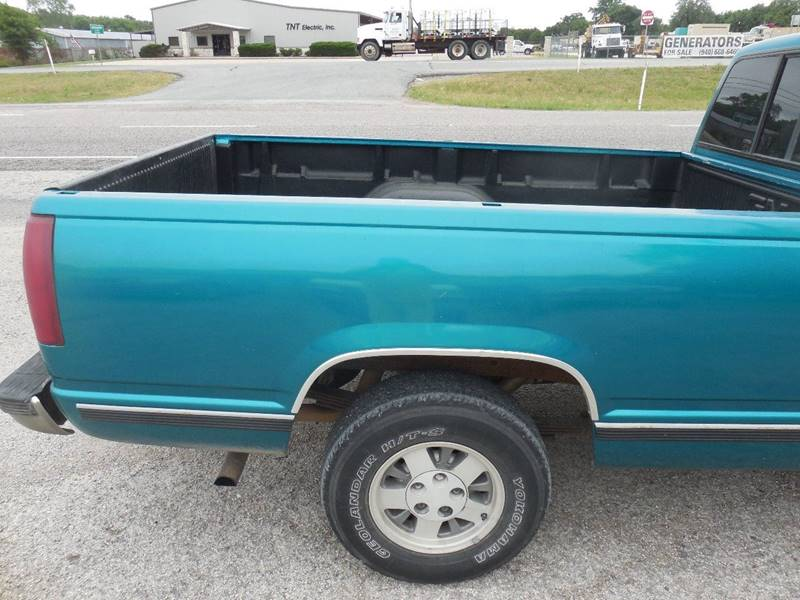 1994 Chevrolet C/K 1500 Series for sale at OTTO'S AUTO SALES in Gainesville TX