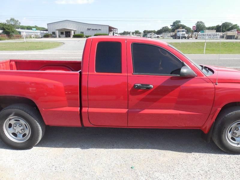 2007 Dodge Dakota for sale at OTTO'S AUTO SALES in Gainesville TX