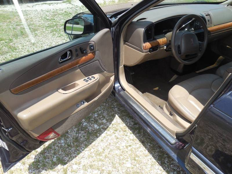 1999 Lincoln Continental for sale at OTTO'S AUTO SALES in Gainesville TX