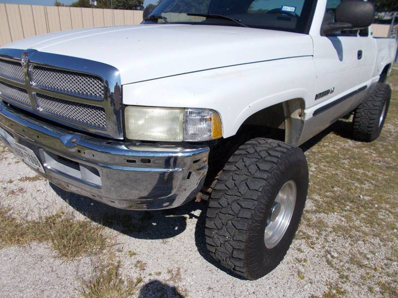 2001 Dodge Ram Pickup 2500 for sale at OTTO'S AUTO SALES in Gainesville TX