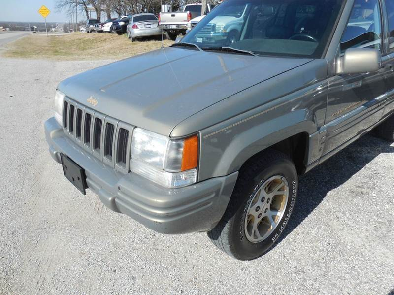 1998 Jeep Grand Cherokee for sale at OTTO'S AUTO SALES in Gainesville TX