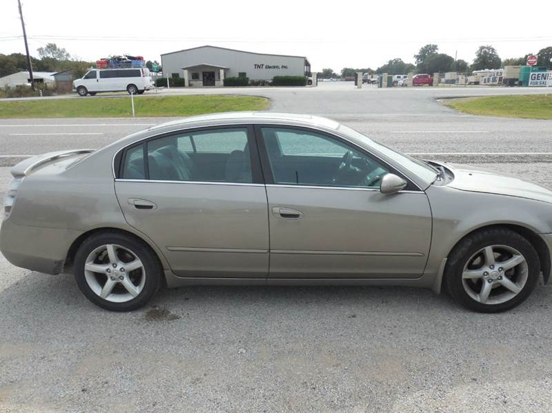 2006 Nissan Altima for sale at OTTO'S AUTO SALES in Gainesville TX