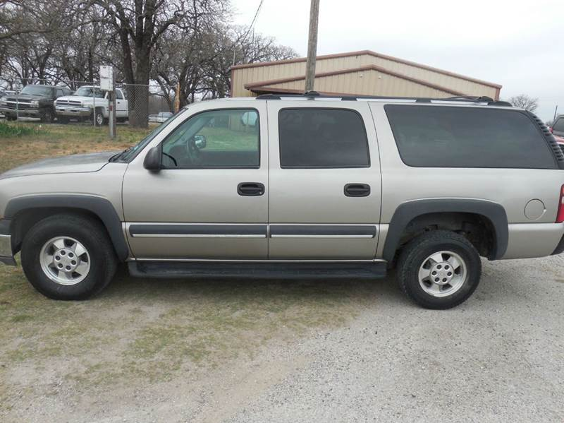 2003 Chevrolet Suburban for sale at OTTO'S AUTO SALES in Gainesville TX