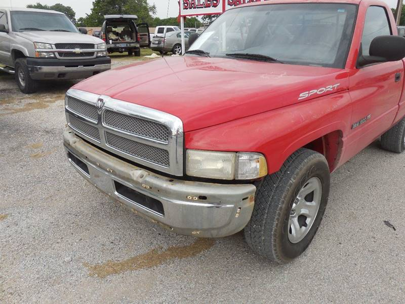 2001 Dodge Ram Pickup 1500 for sale at OTTO'S AUTO SALES in Gainesville TX