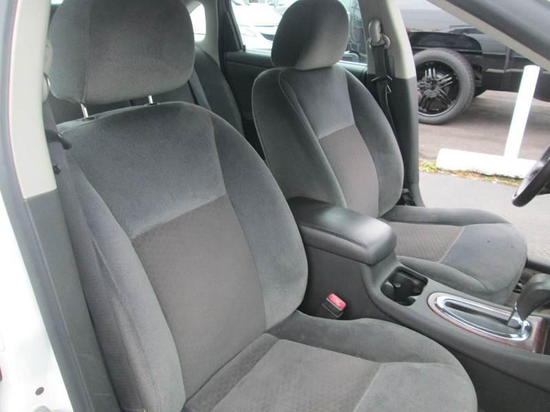 2011 Chevrolet Impala LT 4dr Sedan w/2FL - Levittown PA