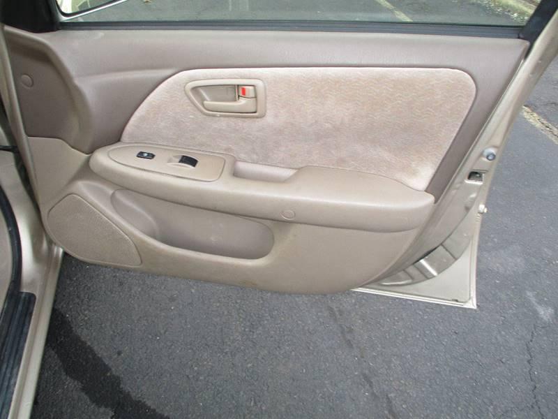 1998 Toyota Camry LE 4dr Sedan - Levittown PA