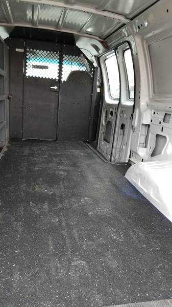 2004 Ford E-Series Cargo E-350 SD 3dr Cargo Van - Levittown PA