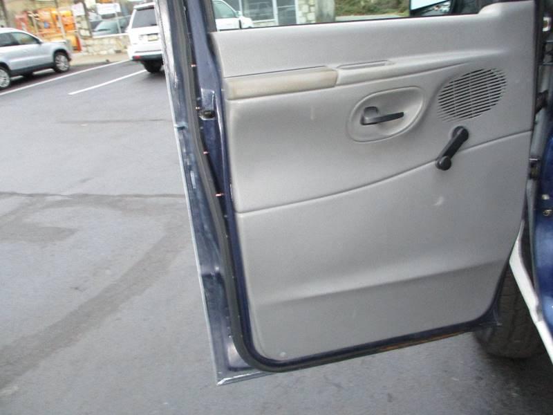 2003 Ford E-Series Cargo E-250 3dr Cargo Van - Levittown PA