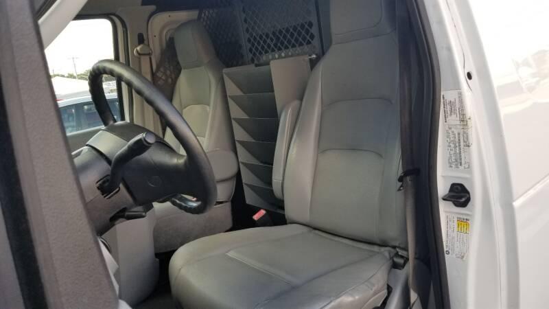 2011 Ford E-Series Cargo E-350 SD 3dr Cargo Van - Levittown PA