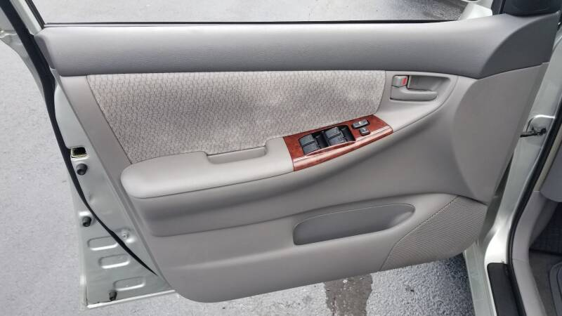 2003 Toyota Corolla LE 4dr Sedan - Levittown PA