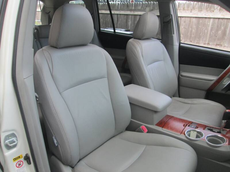 2009 Toyota Highlander Limited 4dr SUV - Levittown PA