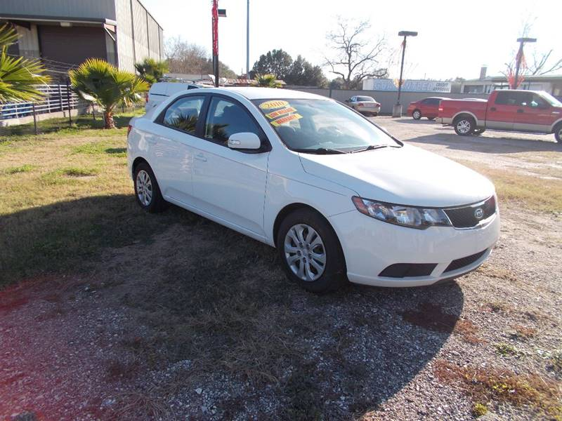 2010 Kia Forte for sale at MOTION TREND AUTO SALES in Tomball TX