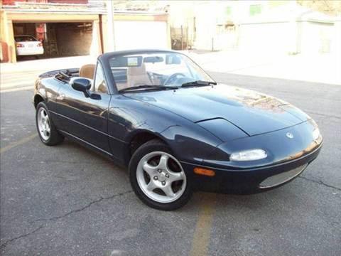 1997 Mazda MX-5 Miata for sale at OUTBACK AUTO SALES INC in Chicago IL