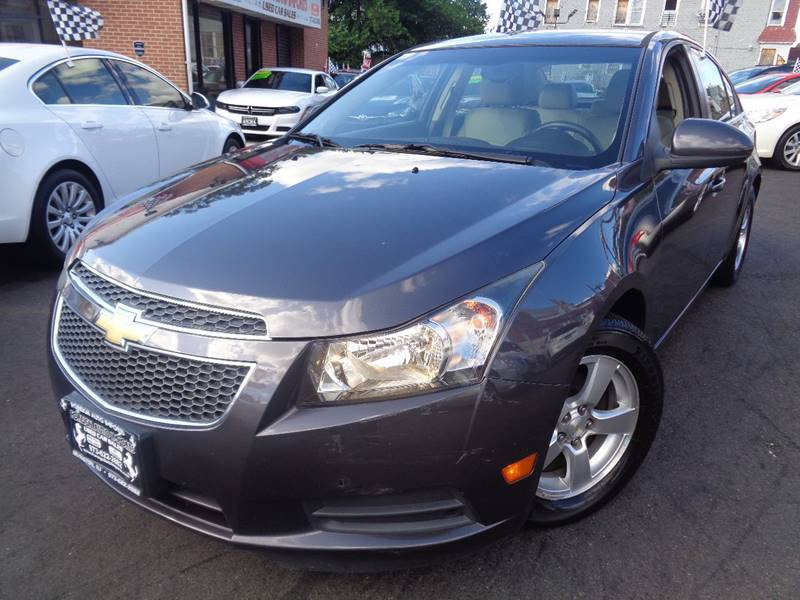 2011 Chevrolet Cruze LT 4dr Sedan w/2LT - Irvington NJ