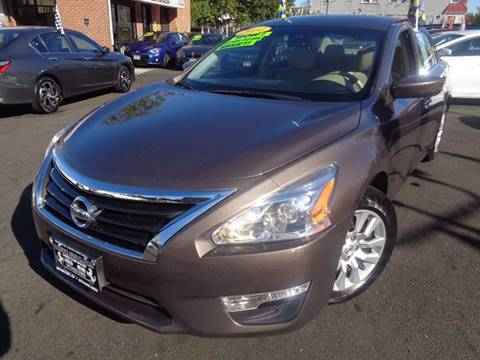 2014 Nissan Altima for sale at Foreign Auto Imports in Irvington NJ
